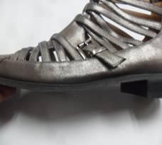 case 216 pic 4 impactiva footwear qa
