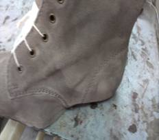 case 285 pic 2 impactiva footwear qa